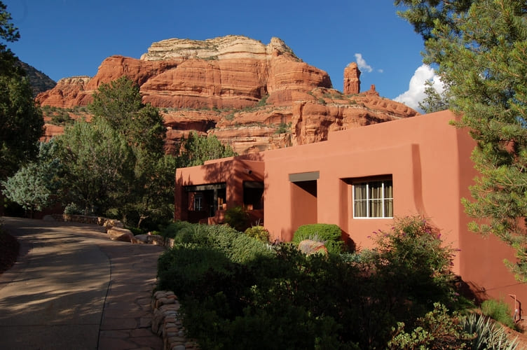 WHY ARE HOUSES SO CHEAP IN PHOENIX AZ?